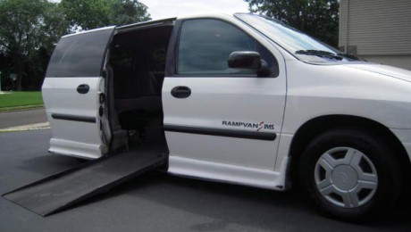 Ford Wheelchair Van Ramps : Which Ramp for Your Needs?